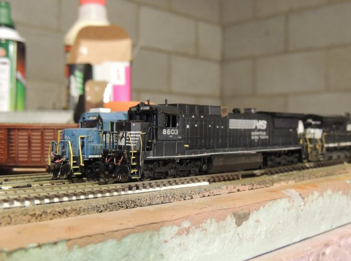 N Scale NS C39-8 With Nose Plate 3d printed
