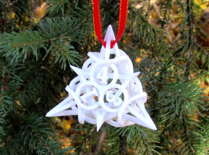 Thorn Die4 Ornament 3d printed In White Strong & Flexible
