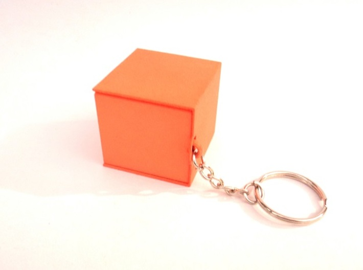 "Box for small ""SOMA cube"" (please see the product) 3d printed Box (for small SOMA puzzle) connectable to a keychain"