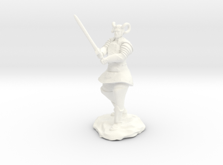 Tiefling Paladin in Platemail with Greatsword 3d printed