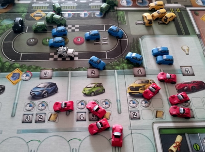 Miniature cars, 5 models x 8 (40pcs) 3d printed Hand-painted cars, in-situ. Game board copyright Stronghold Games.
