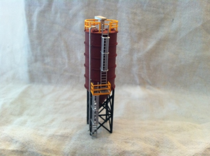 N Scale Cement Silo FUD 3d printed Silo in FUD with cage ladders by pstampfle