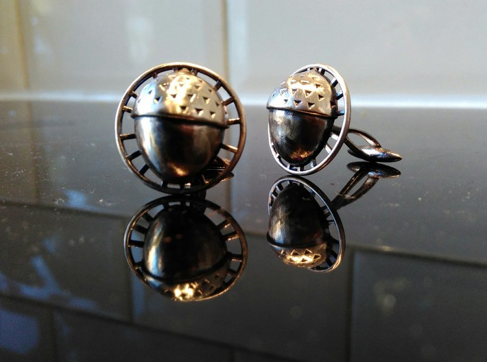 Bilbo's acorn cufflinks 3d printed Bronze, oxydized and polished