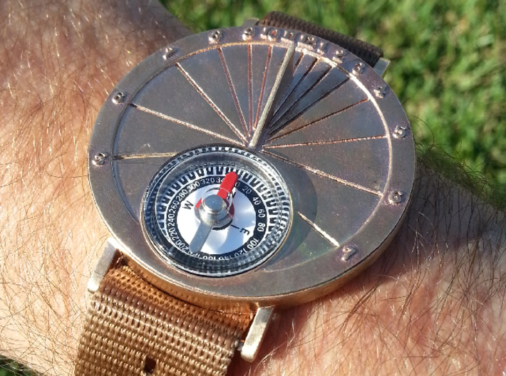 27.75N Sundial Wristwatch For Working Compass 3d printed The sundial wrist watch printed beautifully in bronze.