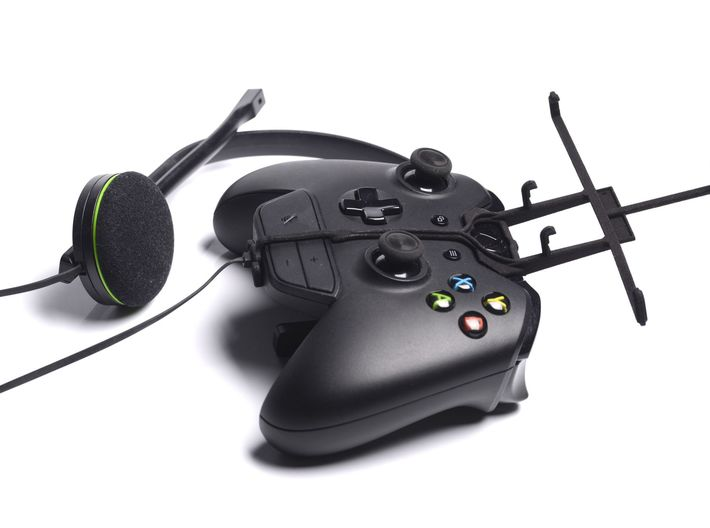 Xbox One controller & chat & QMobile Noir A750 - F 3d printed Without phone - A Samsung Galaxy S3 and a black Xbox One controller & chat