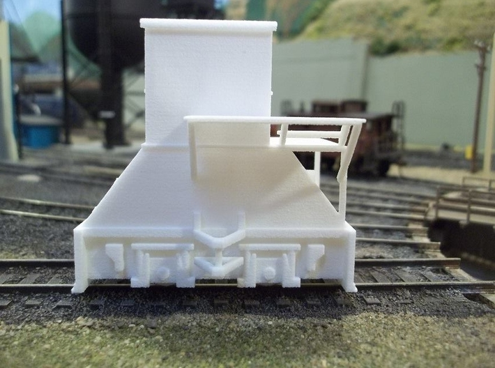 H0-scale Coker (RIGHT-hand version) 3d printed Prototype print. The high platform has since been modified to better fit the Walthers coke ovens.