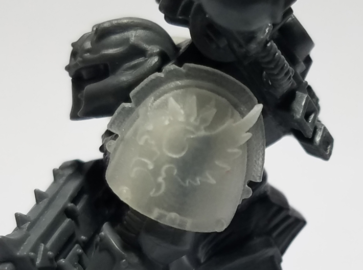 Phoenix Spiked Shoulder Pads x10 3d printed Miniature not included