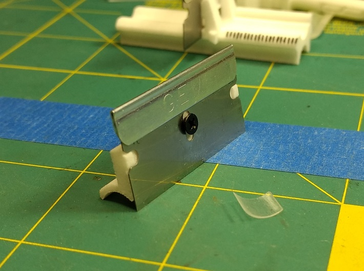 HopPlane - R-hop trimming tool 3d printed Secure blade with small screw
