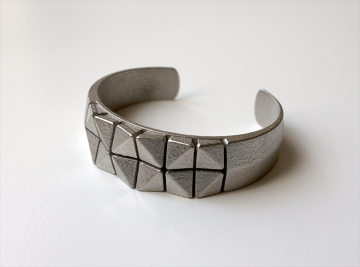Box Flower Bracelet 3d printed Polished Nickel Steel