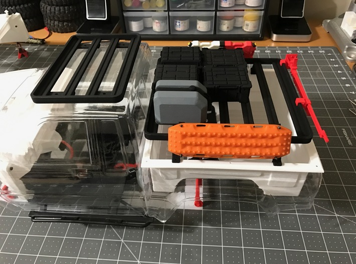 FR10018 SR5 Slimline II Bed Rack 6.0 x 6.5 3d printed Parts shown mounted to Proline SR5 body with accessories (sold separately)