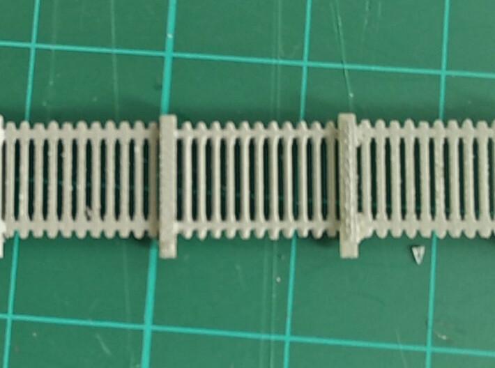 50 pezzi Staccionata FS 3d printed Una sezione di staccionata assemblata e dipinta