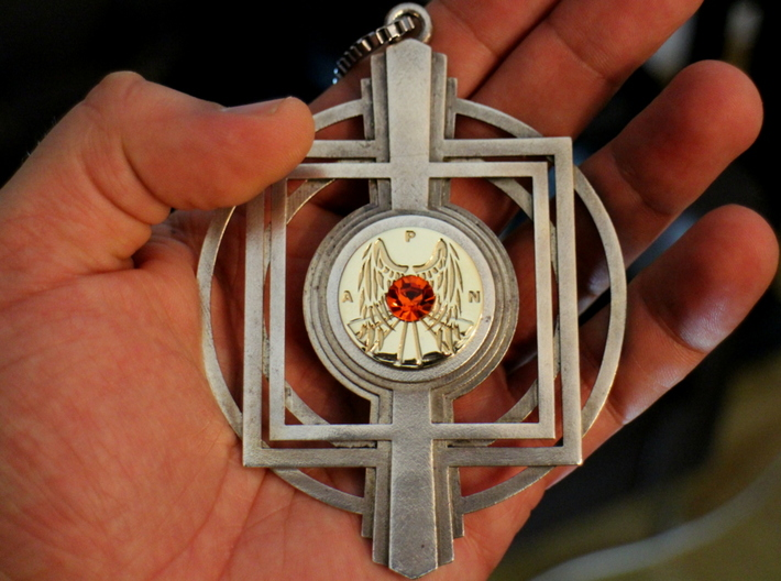 Deco amulet. 3d printed Pendant with centerpiece and crystal