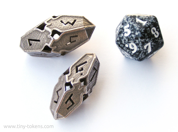 Amonkhet D10 Spindown Life Counter - Small, 3d printed The small version compared to the large version and a regular MTG spindown d20