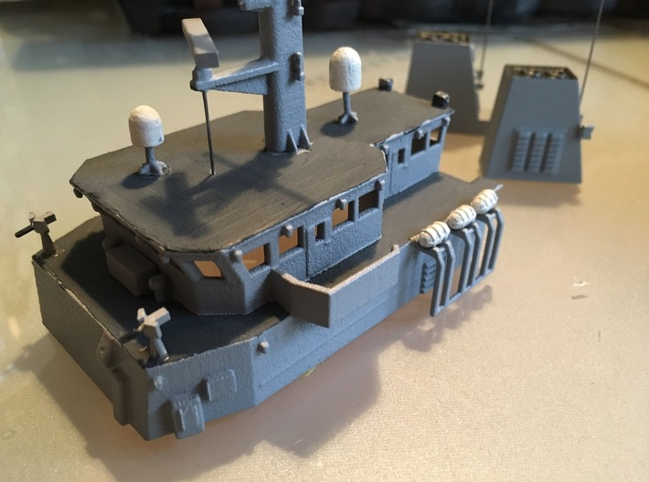 HMCS Kingston, Details 1 of 2 (1:200, RC) 3d printed assembled superstructure
