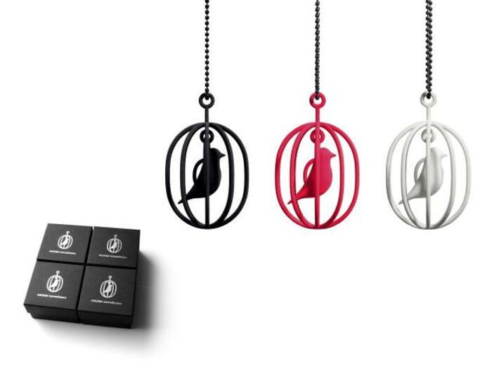 Happy Bird necklaces 3d printed Happy Bird necklace and giftbox