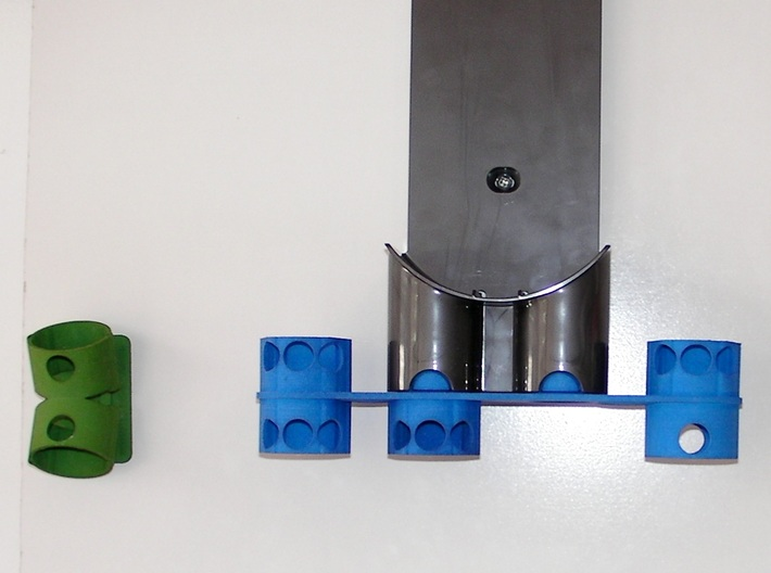 For Dyson V7/V8, Left BIG Wall Adapter 3d printed Earlier prototype without the new bracing