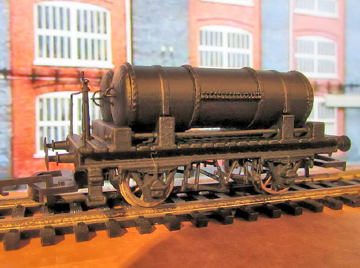 GWR Cordon Part 7 Chassis 3d printed Finished model using other parts not supplied with this print (Wheels, Couplings, wagon buffers, brake stanchion, wire hanrail and remaining gas tank parts).