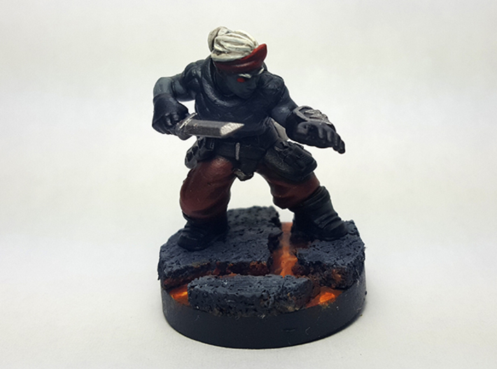 Dwarf Rogue 3d printed Painted with acrylic paints on a custom 1 inch base.