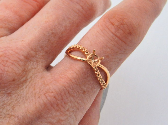 Solitaire twist engagement ring 3d printed