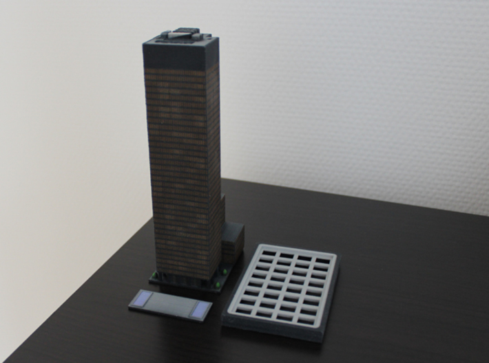 Seagram Building (6x4) 3d printed The plaza is a separate part