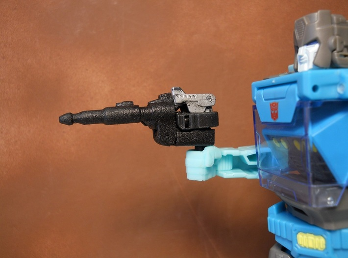 Gunmaster #2, Long-Barrel Kit, 5mm handle 3d printed Image shows product combined with official Titan Master figure. Figure not included