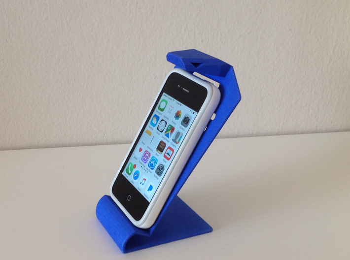 Cobra iPhone stand 3d printed On desk