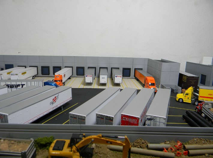 Custom Wall #4 3d printed This model used with other models to make a background warehouse model