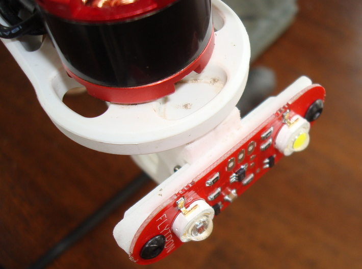 Strobon XL Navigation Light Mount (DJI F450/F550 a 3d printed With Flytron Strobon XL attached
