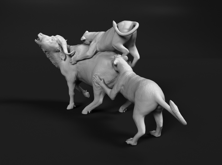 Cape Buffalo 1:6 Attacked by Lions 3d printed