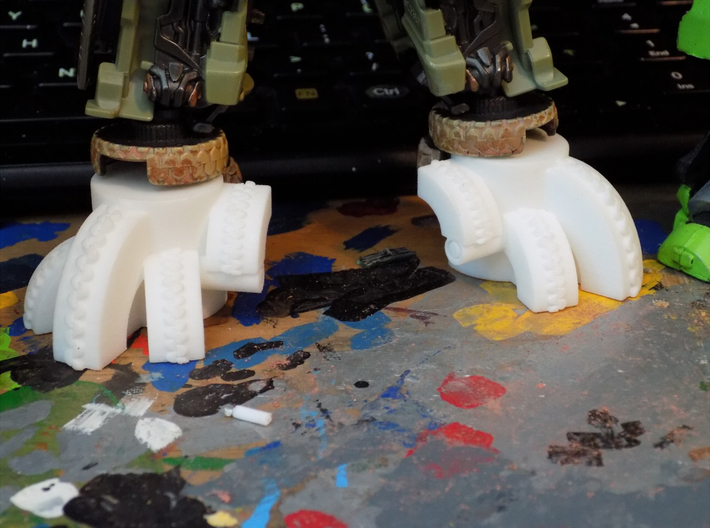 The Last Knight Voyager Hound feet extensions (TLK 3d printed Close up of the front.