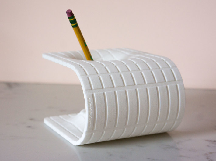 Einstein-Rosen Bridge (Wormhole) Pencil Holder 3d printed