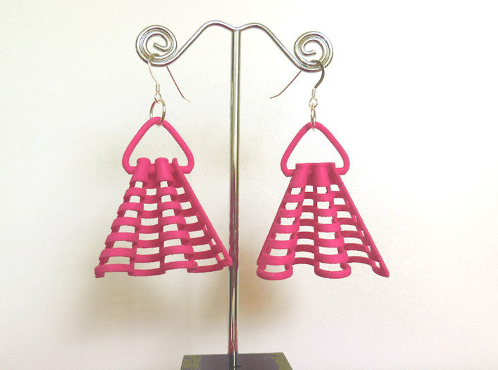 Ruffles -- Pair of Earrings 3d printed