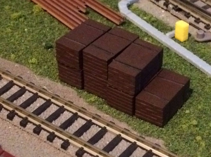 N Scale 4 Ties Stacks 3d printed Painted stacks in Frosted Ultra Detail