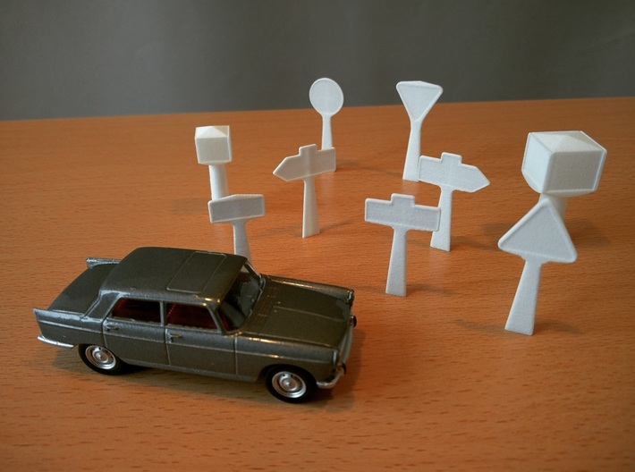 1/60 French town sign / panneaux signalisation 3d printed