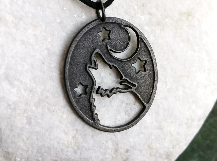 Wolf and moon pendant (steels) 3d printed