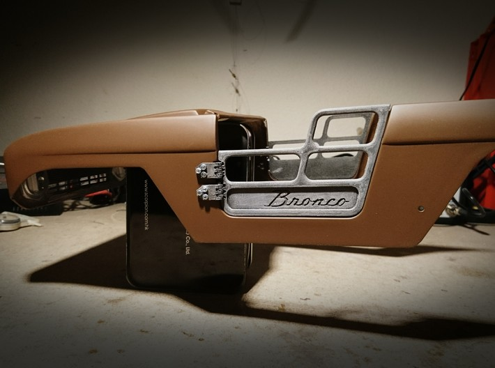 Ford Bronco door hinges by TrailScaleRC 3d printed