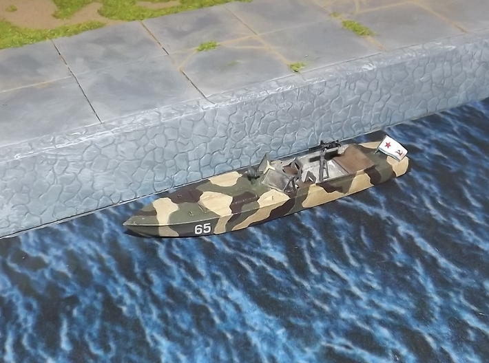 "1/72nd (20mm) WW2 Russian (Soviet) motor boat body 3d printed Assembled with the ""PG-117 small parts""."