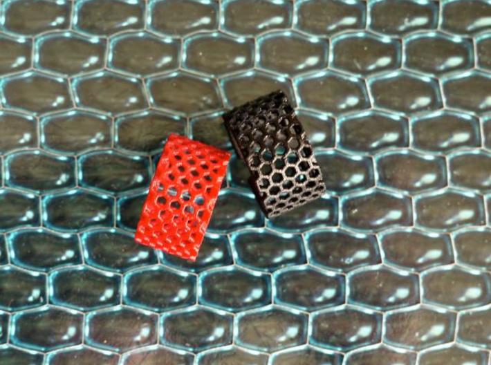 Slim Perforated Honeycomb Ring 3d printed Slim rings in Red and Black