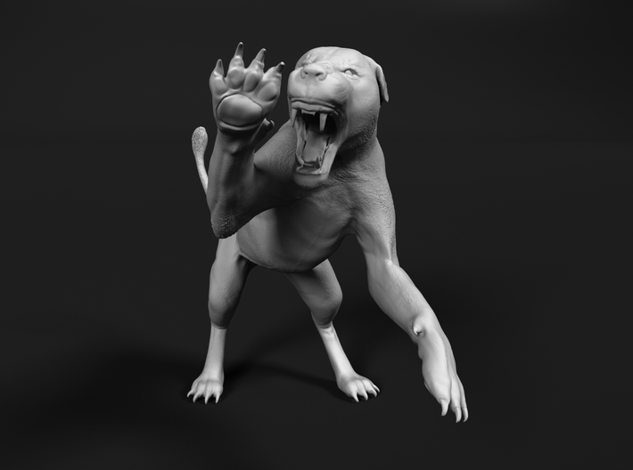 Lion 1:22 Striking Lioness 3d printed