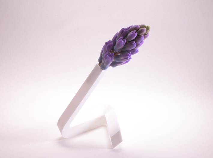 little triangle vase. rr-section 3d printed