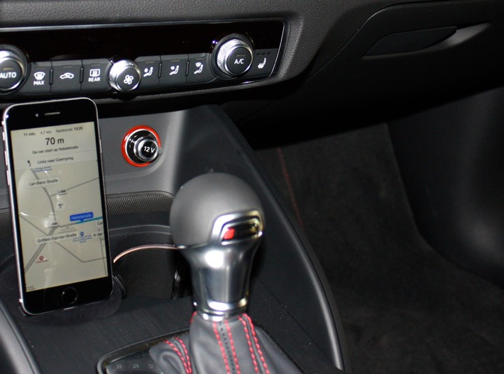 Jeep Grand Cherokee iPhone Car Mount  2016 3d printed jeep iPhone mount holder for apple carplay