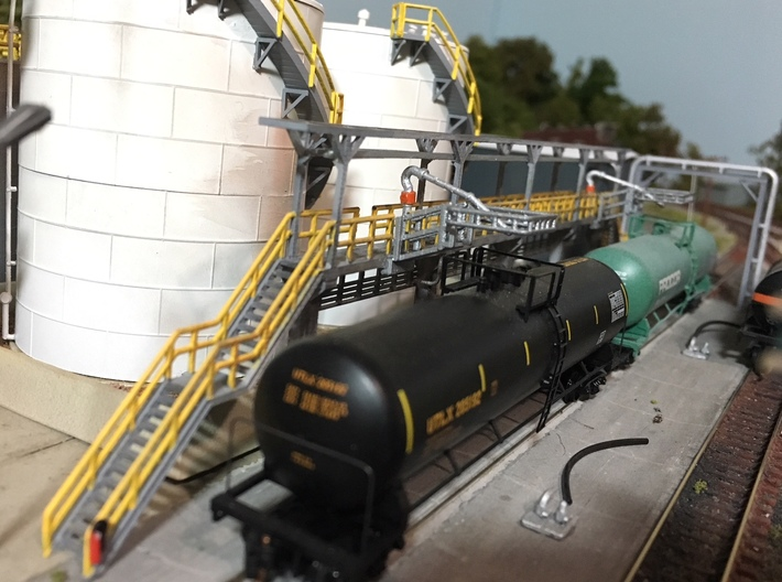 N Scale Tank Car loading Platform 2x2 3d printed Painted example, thanks for the picture Eric! Please note the loading nozzles/fuel cranes are not included in this set