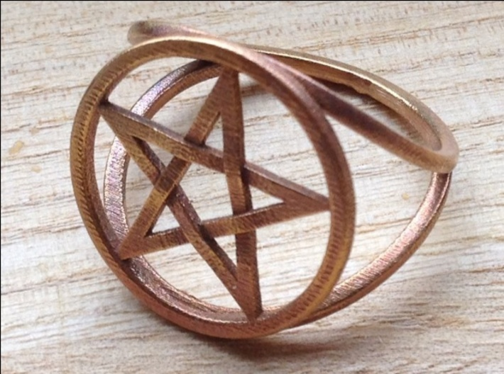 Pentacle ring - crossing 3d printed Another view of the ring in raw bronze.