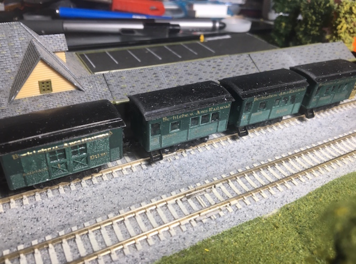 N Scale 20 foot Baggins Heavyweight Baggage Car 3d printed With other cars of this sryle