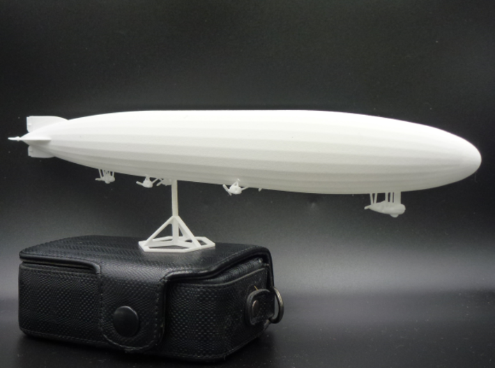 Zeppelin L70 of WW1 3d printed L70 unpainted - stand and camera not included!