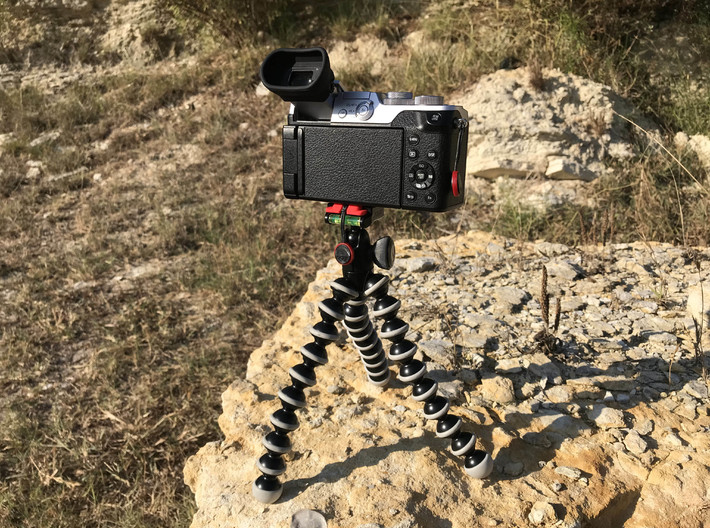 Camera Baseplate, GorillaPod & Arca Clamp 3d printed Connects to a GorillaPod Hybrid
