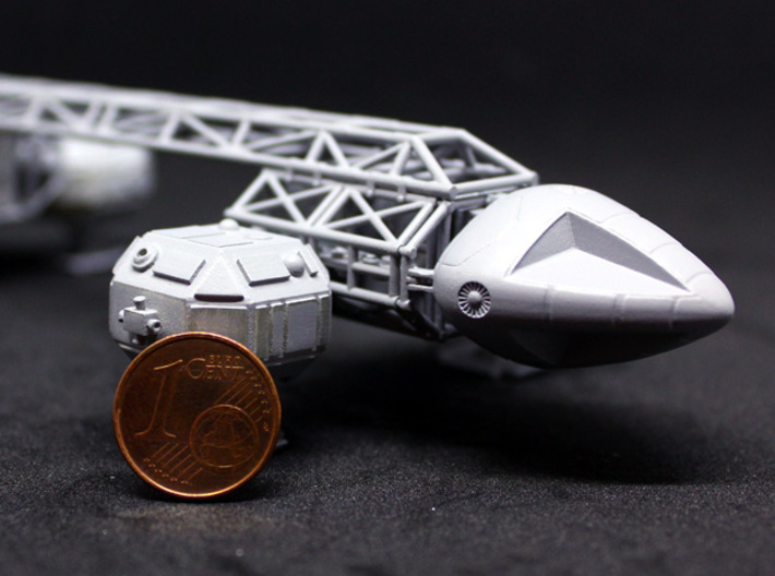 SPACE 2999 TRANSPORTER 1/144 3d printed Comparison with 1 Euro cent coin.