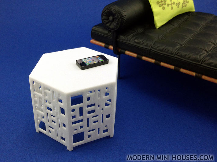 Casablanca Side Table 1:12 scale dollhouse 3d printed