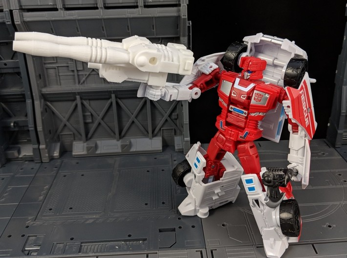TF CW First Aid XL Car Cannon 3d printed Used in Robot Mode