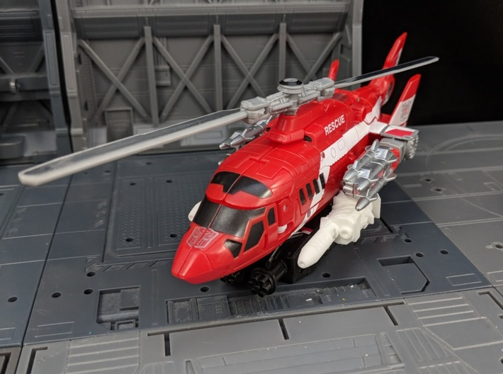 TF Combiner Wars Blades Helicopter Cannons 3d printed Mounted underneath the helicopter